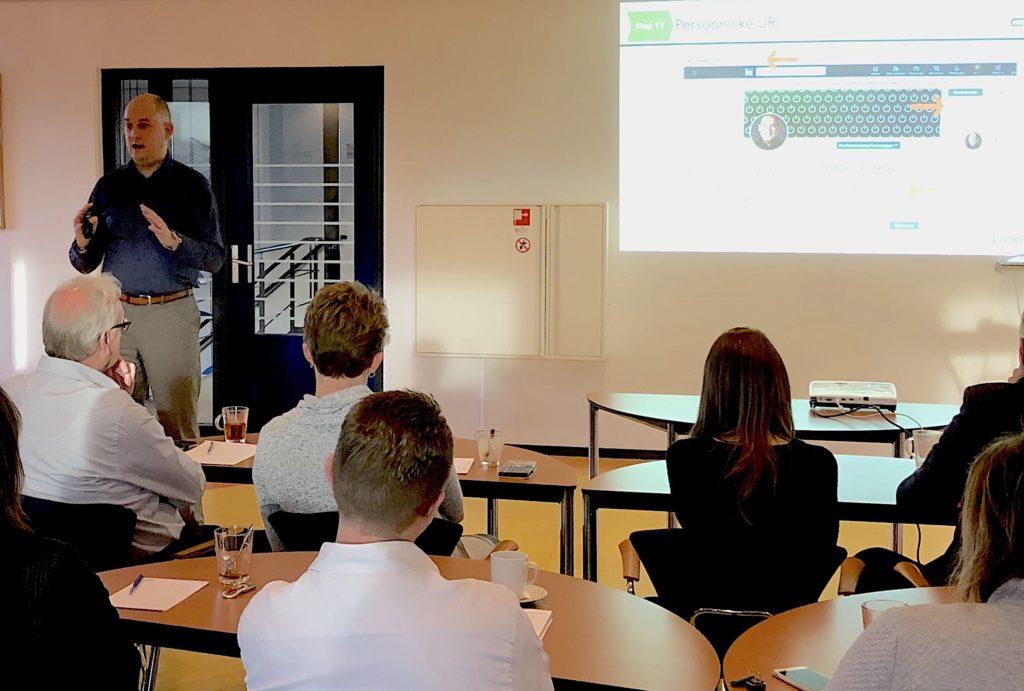 Jeroen Mäkel tijdens een van de In-Company LinkedIn trainingen